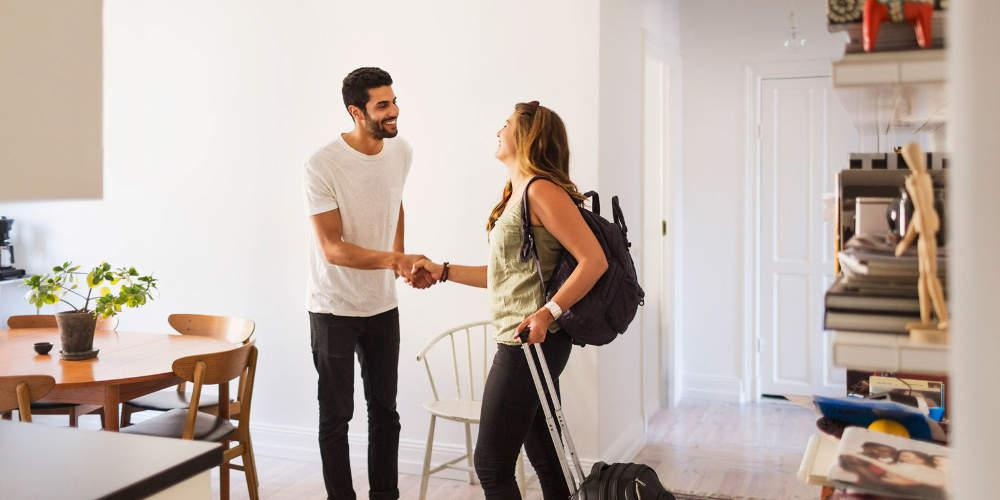 Airbnb: Αυτά είναι τα 15 SOS για τις βραχυχρόνιες μισθώσεις ακινήτων