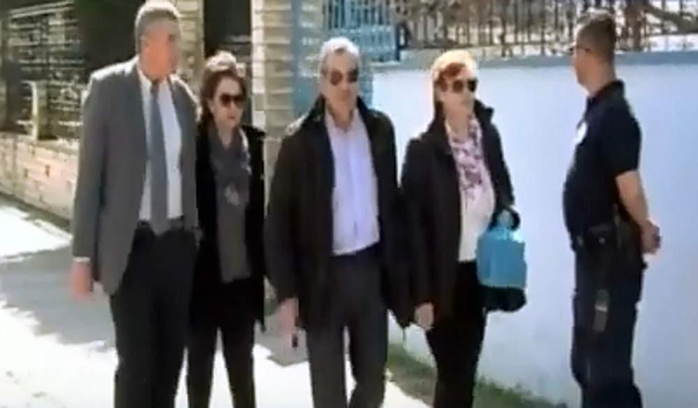 Σε άσχημη ψυχολογική κατάσταση οι γονείς των Ελλήνων στρατιωτικών - Τους επισκέφτηκαν στη φυλακή