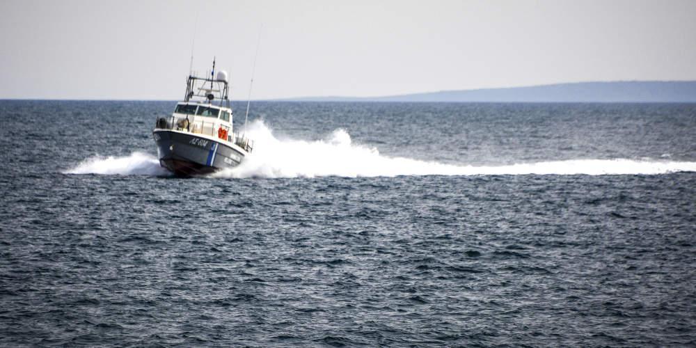 Περιπέτεια για 6χρονη στη Στυλίδα: Παρασύρθηκε από το ρεύμα με το θαλάσσιο στρώμα της