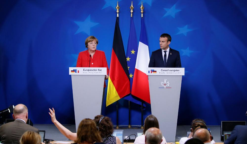 Συνάντηση Μέρκελ-Μακρόν στο Παρίσι την Παρασκευή