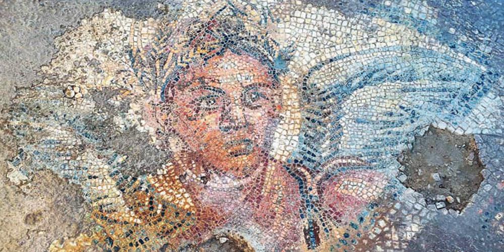 Τα ακριβά γούστα του Αλέξανδρου: Αγάλματα και ψηφιδωτά σε έπαυλη 18 αιώνων [εικόνες]