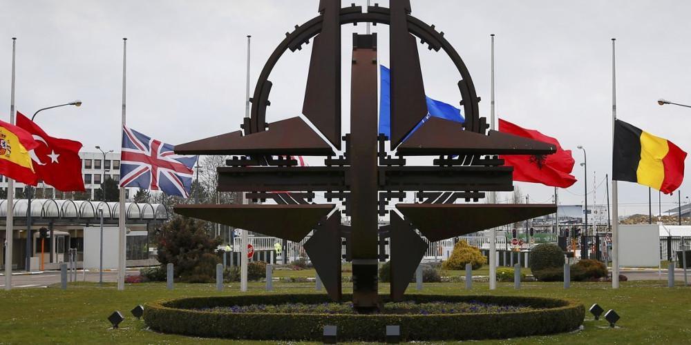 Το ΝΑΤΟ ξεκινά έρευνα για το περιστατικό παρενόχλησης γαλλικού πλοίου από τουρκική φρεγάτα