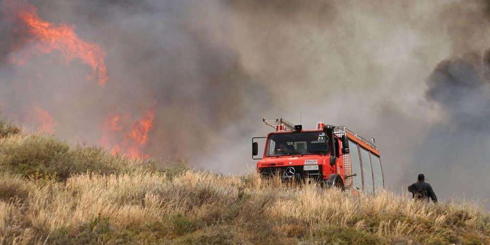 Πυρκαγιά σε εξέλιξη στο Μαρκόπουλο