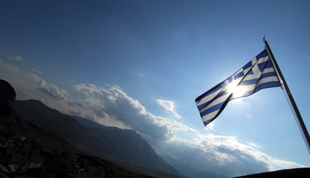 Reuters: Η Ελλάδα επανεκκινεί τον τουρισμό και περιμένει τους ξένους επισκέπτες