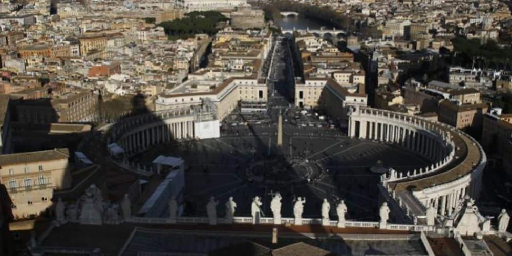 Το Βατικανό «αφορίζει» νόμο για την ομοφοβία - Τι αναφέρει