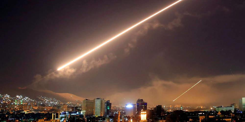 Είκοσι άμαχοι νεκροί από βομβαρδισμούς στη Συρία