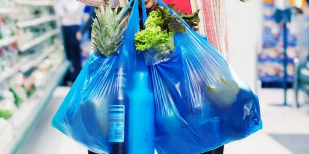 15,5 εκατ. κέρδος από μείωση της πλαστικής σακούλας