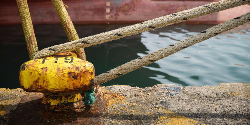 Δεμένα τα πλοία στα λιμάνια την Πρωτομαγιά