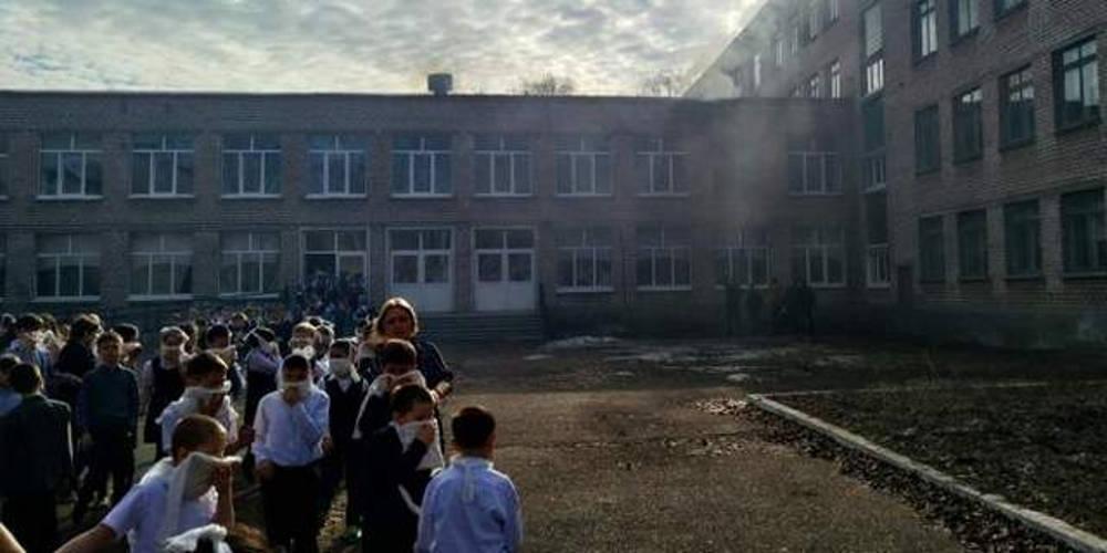 Πανικός σε σχολείο στην Ρωσία: 4 τραυματίες από επίθεση με μαχαίρι
