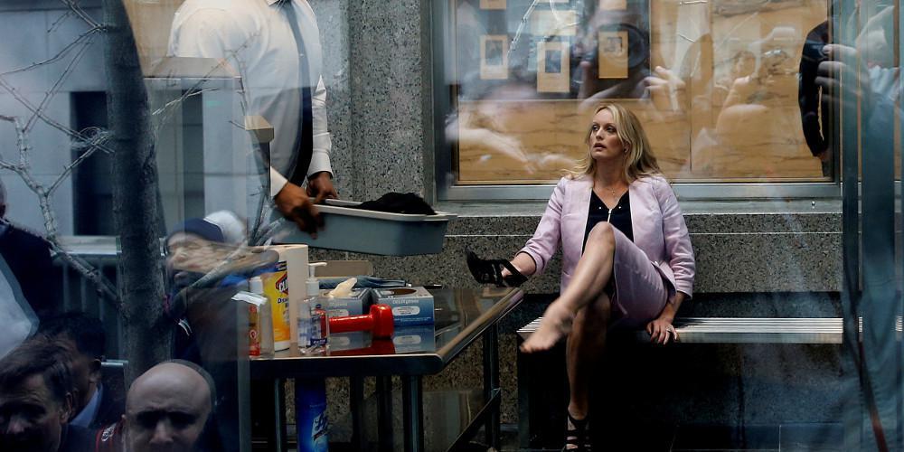 Συνελήφθη στριπτιτζάδικο η πρώην πορνοστάρ, Στόρμι Ντάνιελς
