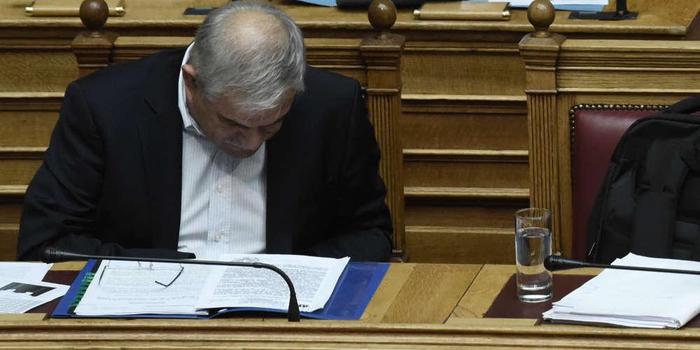Ο Τόσκας προσπαθεί να δικαιολογηθεί μετά από την επίθεση που έκανε ο Ρουβίκωνας στο ΣτΕ