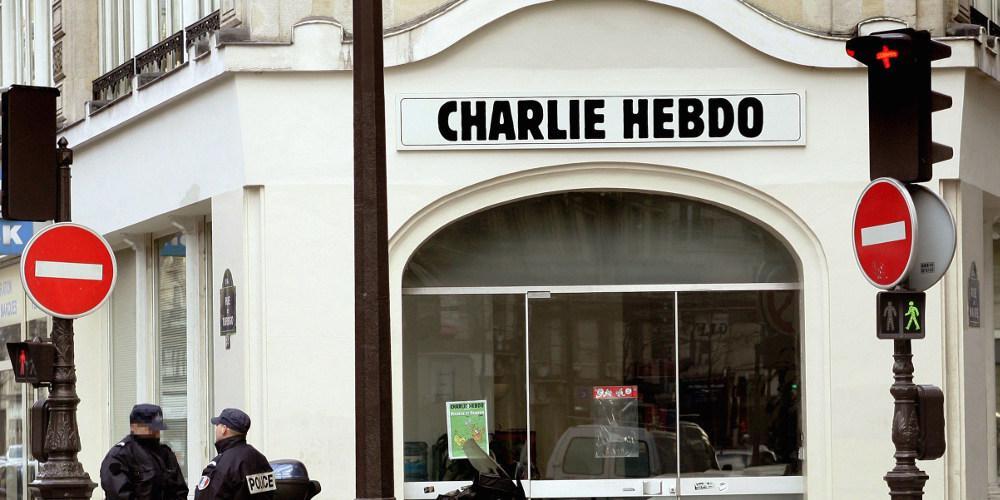 Το Charlie Hebdo επέστρεψε στο Twitter και αυτό είναι το πρώτο του tweet [εικόνα]