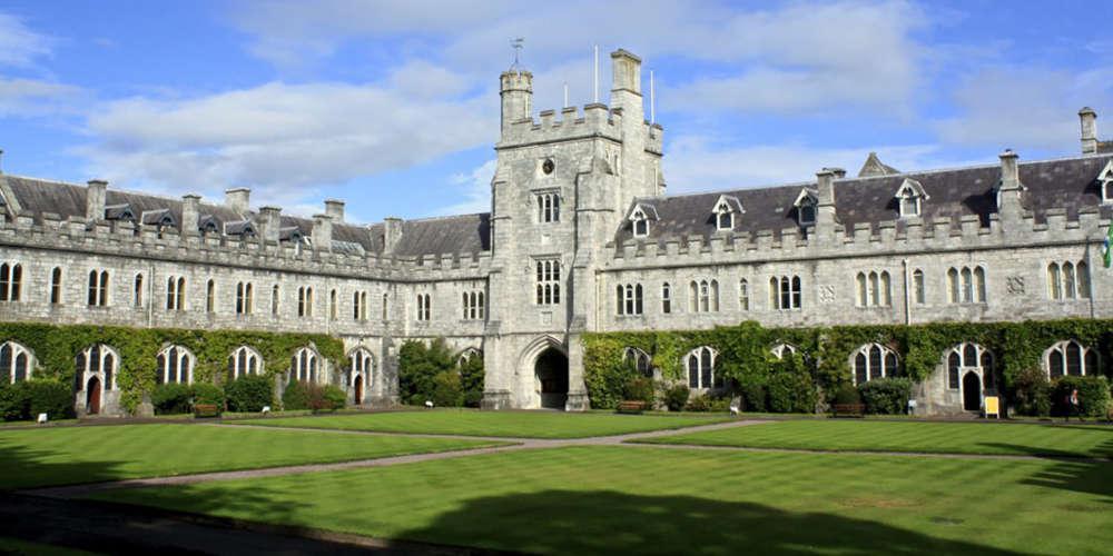 Φοιτήτριες του USC καταγγέλλουν για σεξουαλική κακοποίηση τον γυναικολόγο του πανεπιστημίου