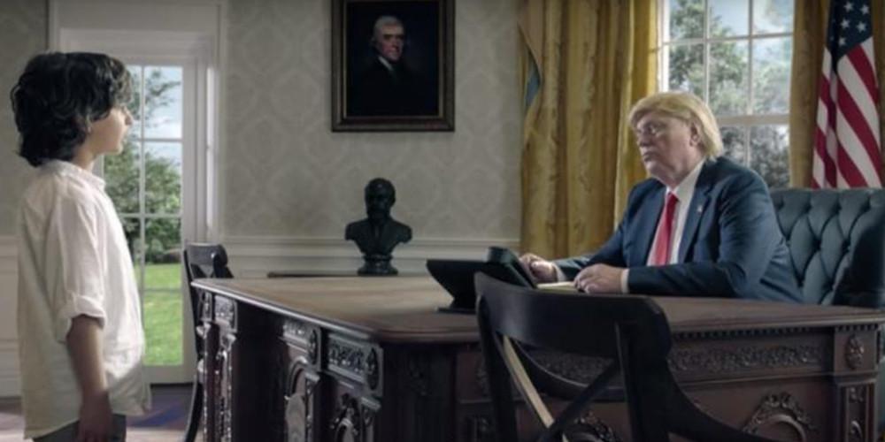 Η viral διαφήμιση με τον ανήλικο μουσουλμάνο... που συναντά Μέρκελ, Τραμπ και Πούτιν