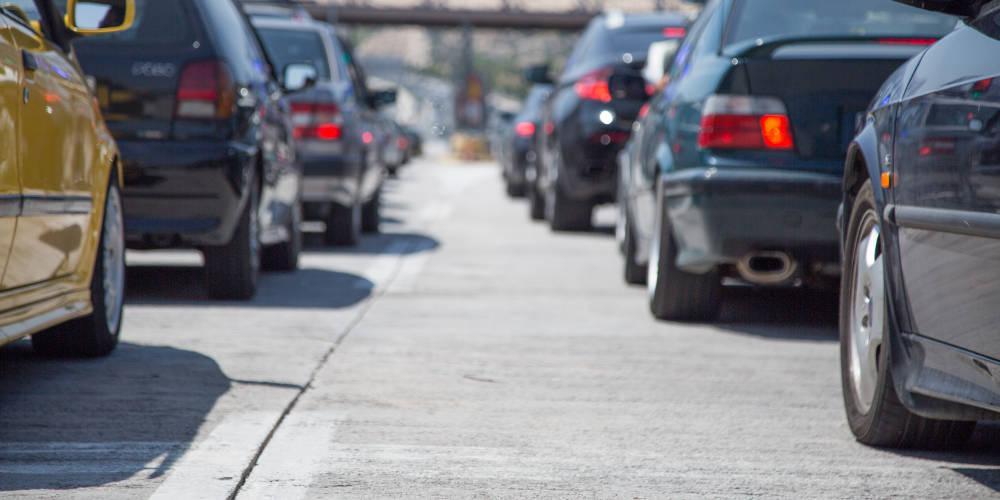 Πρόστιμα έως 250 ευρώ για 385.000 ανασφάλιστα οχήματα