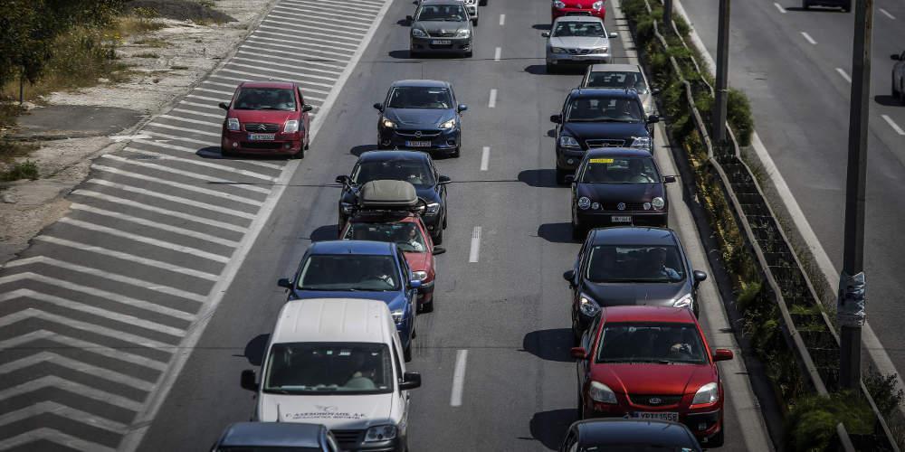 Ευρωβαρόμετρο: Επικίνδυνα οδηγάει ο ένας στους δύο Ελληνες - Ποιοι Ευρωπαίοι είναι πιο προσεκτικοί