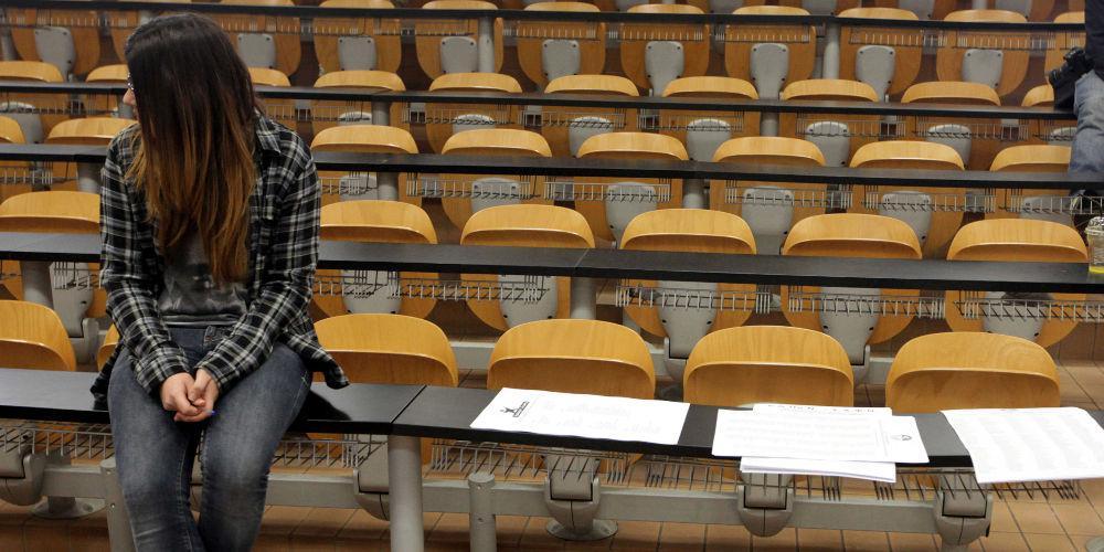 Το Υπ. Παιδείας απαντά για τη διανομή συγγραμμάτων και την εξεταστική του εαρινού εξαμήνου