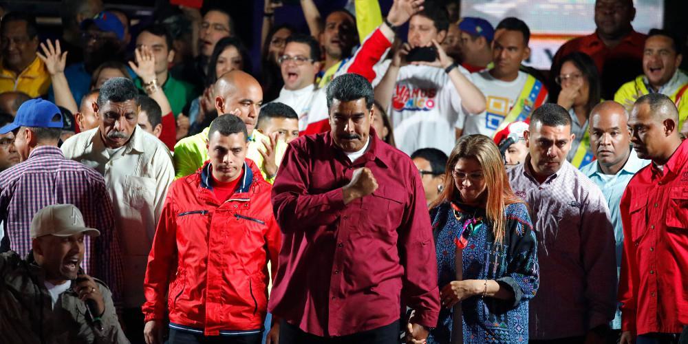 Η Βενεζουέλα στο σκοτάδι χωρίς ρεύμα και η κυβέρνηση μιλά για «ηλεκτρομαγνητική επίθεση»
