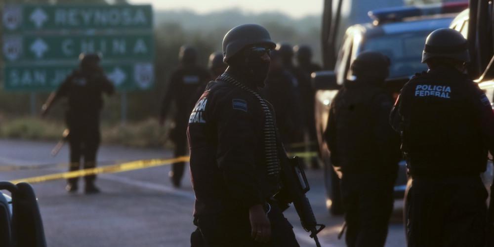 Μακελειό στο Μεξικό: Τουλάχιστον 14 νεκροί σε πυροβολισμούς μεταξύ καρτέλ και αστυνομικών