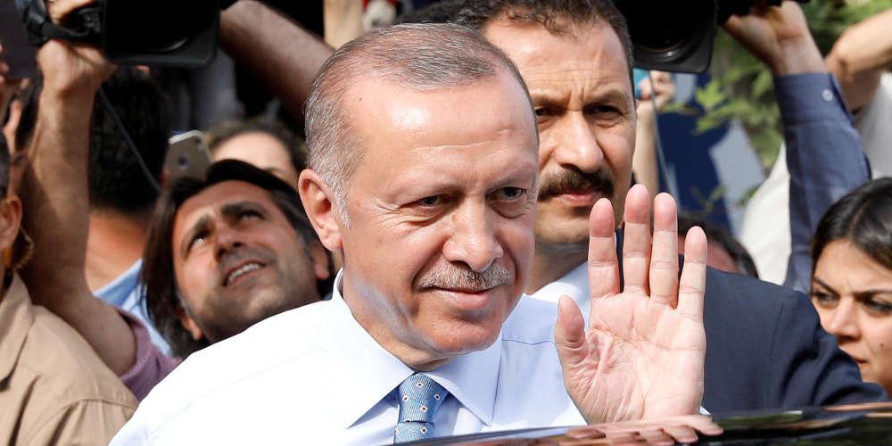 Ράλι κάνει η τουρκική λίρα μετά τη νίκη Ερντογάν
