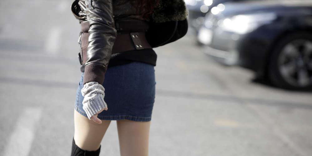 Σοκ: Απόστρατος της Πολεμικής Αεροπορίας συνελήφθη γιατί «τραβούσε» βίντεο κάτω από φούστες γυναικών