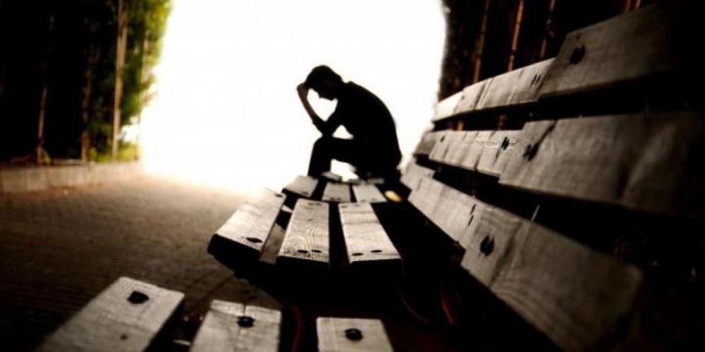 Διπλάσιος ο κίνδυνος κατάθλιψης των κοριτσιών σε σχέση με τα αγόρια λόγω social media