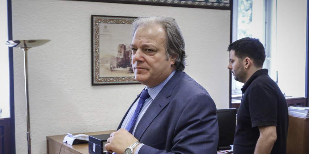 Από τον Καμμένο στον Λεβέντη: Υποψήφιος με την Ένωση Κεντρώων ο Κώστας Κατσίκης