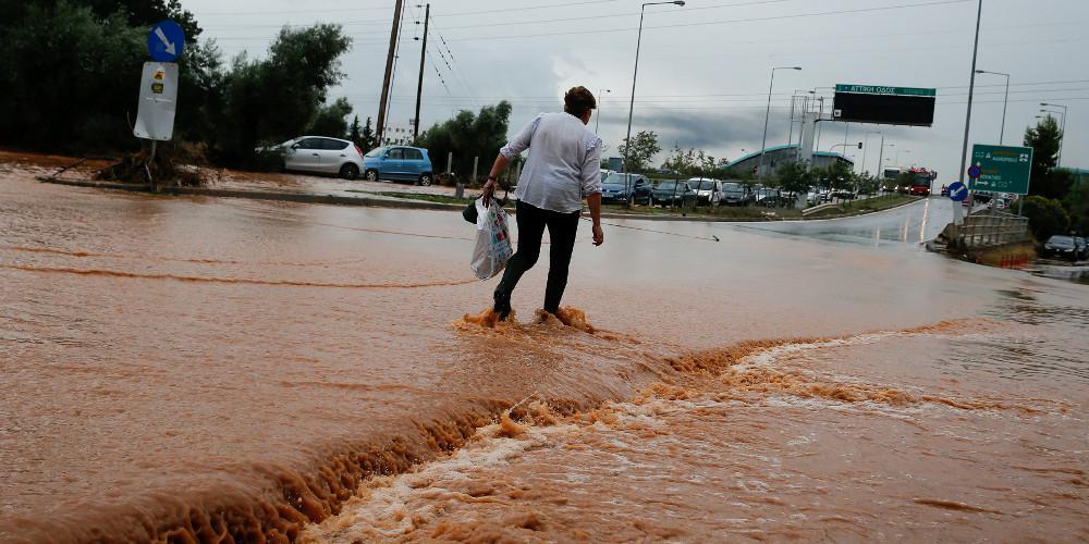 Μετά το Μάτι η Ρένα Δούρου διώκεται ποινικά και για την φονική πλημμύρα στη Μάνδρα