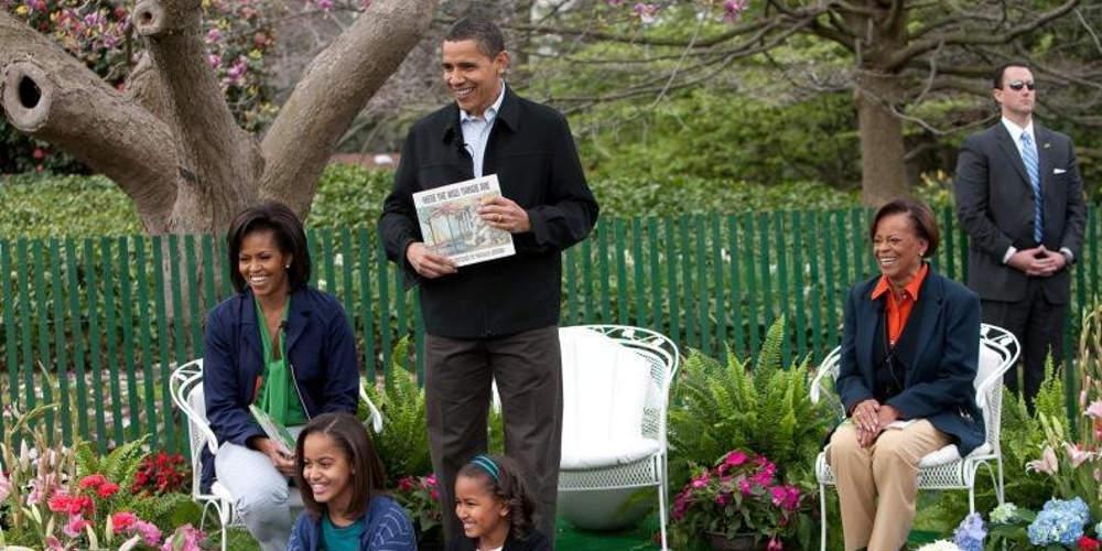 Η «ατάκα» της πεθεράς του Ομπάμα στους μπάτλερ του Λευκού Οίκου για τα… εσώρουχα!