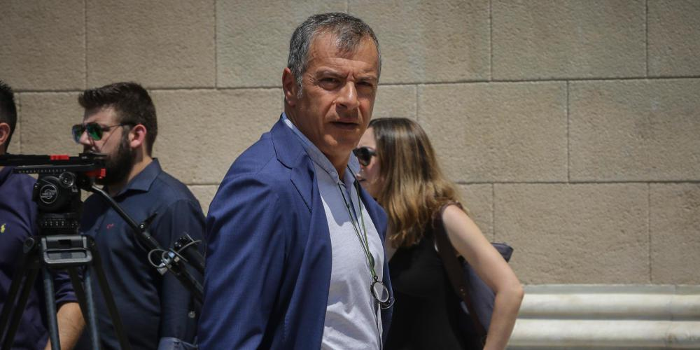 Θεοδωράκης: Δεν θα δώσουμε ψήφο εμπιστοσύνης στην κυβέρνηση