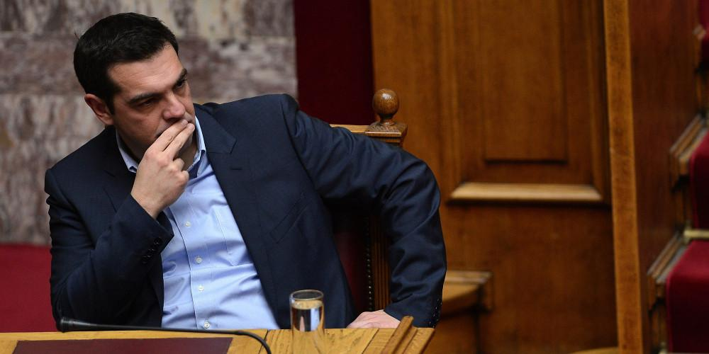 Οι Έλληνες δείχνουν την… έξοδο στον Τσίπρα – Αποδοκιμασία και στις 3 κάλπες