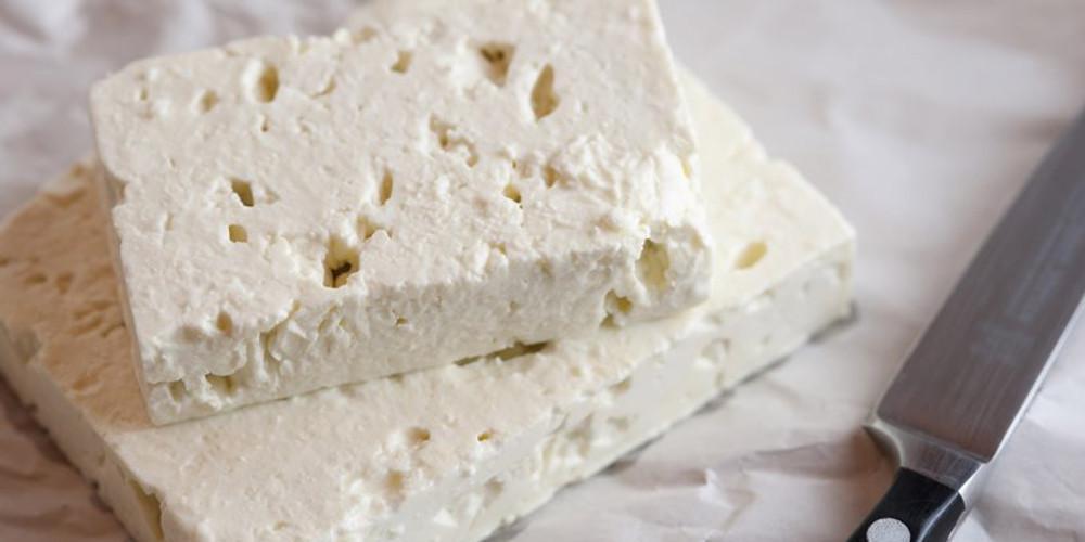 Συναγερμός από τον ΕΦΕΤ: Ανακαλείται από την αγορά συσκευασμένο τυρί