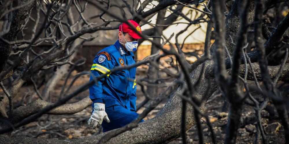 Καμία μέτρηση για τοξικά στον αέρα από την πυρκαγιά στο Μάτι
