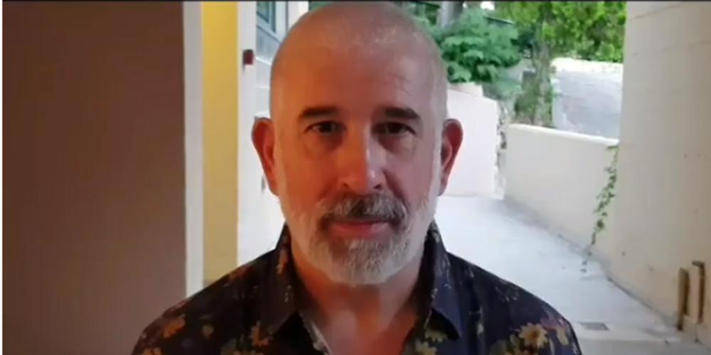 Επικό βίντεο: Ο Πέτρος Φιλιππίδης τρολάρει τη «Μάντισσα»!