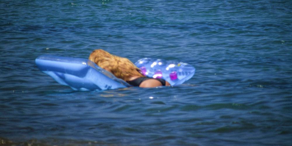 Πρόγνωση καιρού: Θα ξεχυθούμε στις παραλίες το Σαββατοκύριακο - «Μίνι» καύσωνας με 38άρια!