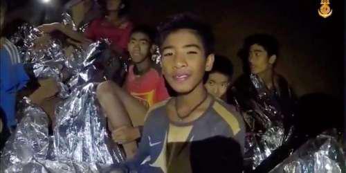 Η FIFA κάλεσε στον τελικό του Μουντιάλ 2018 τα 12 αγόρια που βρίσκονται παγιδευμένα στην σπηλιά στην Ταϊλάνδη