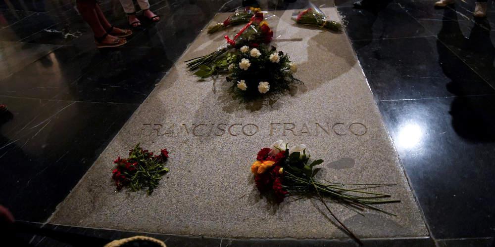 Το λείψανο του Φράνκο θα εκταφεί την Πέμπτη, ανακοίνωσε η κυβέρνηση