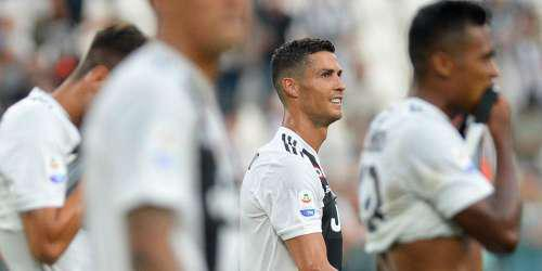 Απών από τα βραβεία της FIFA ο Κριστιάνο Ρονάλντο