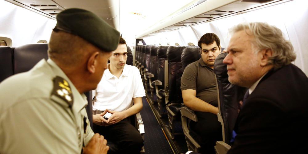 Επικοινωνιακό σωσίβιο για την κυβέρνηση η αποφυλάκιση των δύο Ελλήνων στρατιωτικών
