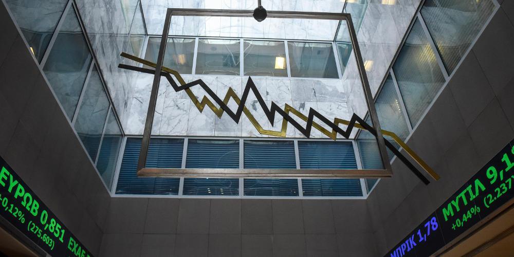 Τέσσερις οίκοι αξιολόγησης… κλείνουν το μάτι στην Οικονομία