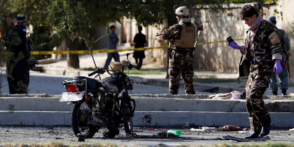 Λουτρό αίματος στο Αφγανιστάν: Τουλάχιστον 17 νεκροί από έκρηξη βόμβας σε τζαμί
