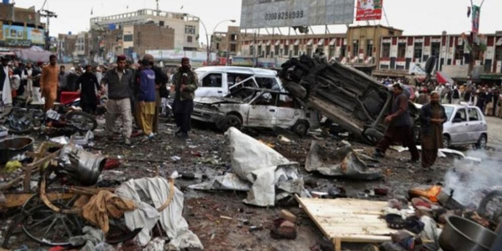 Εκατόμβη νεκρών μετά από επίθεση των Ταλιμπάν με παγιδευμένο αυτοκίνητο στο Αφγανιστάν