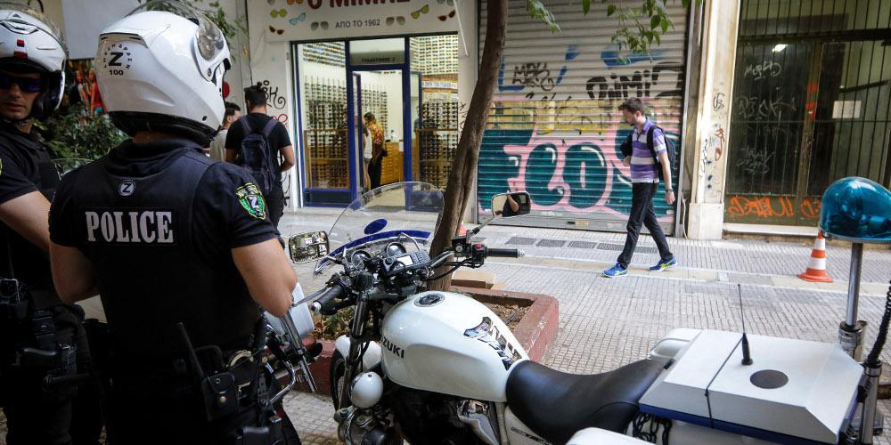 Νεκρός ο άντρας που προσπάθησε να ληστέψει κοσμηματοπωλείο στην Αθήνα [βίντεο]