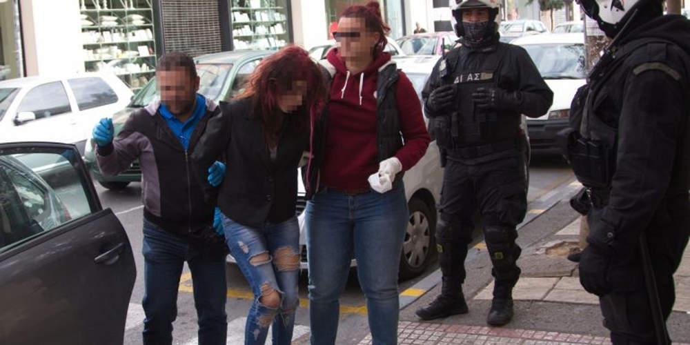 Ζητούσε συγγνώμη, απειλούσε και καταδικάστηκε σε ισόβια η τοξικομανής που σκότωσε τον γείτονα της στην Κρήτη