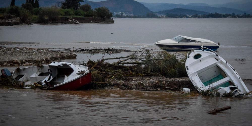 Τραγωδία: Ρέμα παρέσυρε αυτοκίνητο ηλικιωμένων - Μία νεκρή και δύο αγνοούμενοι