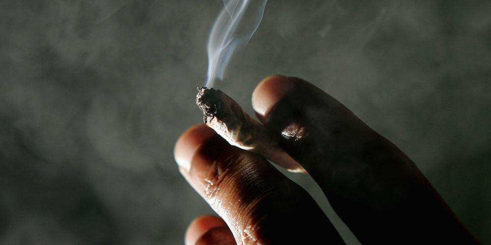 «Όχι» στο κάπνισμα λένε οι Έλληνες - Τι συμβαίνει με το άτμισμα
