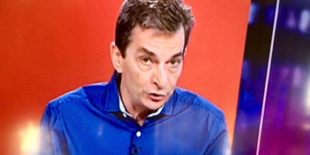 Επιμένει ο δημοσιογράφος Σωτήρης Καψώχας στο σχόλιο του κατά Μητσοτάκη και εγκαλεί την ΕΣΗΕΑ