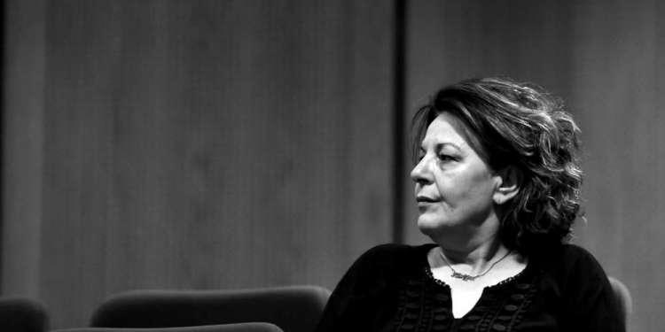 Ο αποχαιρετισμός της Μάγδας Φύσσα στον Μανώλη Γλέζο: Το λουλούδι και το κρυφό μήνυμα