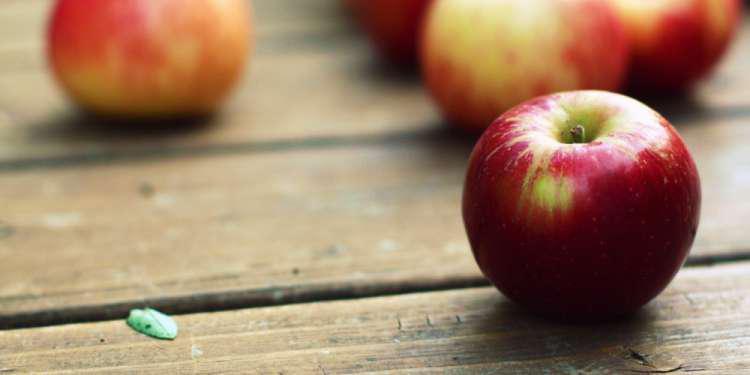 Εργαζόμενοι σε σούπερ μάρκετ πούλησαν 15.000 μήλα σε έναν πελάτη και απολύθηκαν
