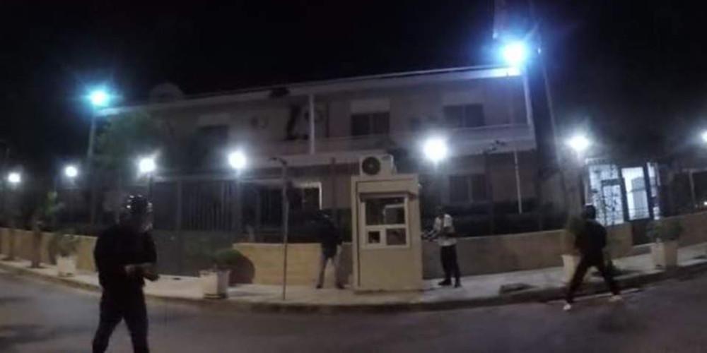 «Κάντε στη άκρη και ειδοποιείστε το Κέντρο» - Αυτή είναι η οδηγία στους αστυνομικούς για τον Ρουβίκωνα